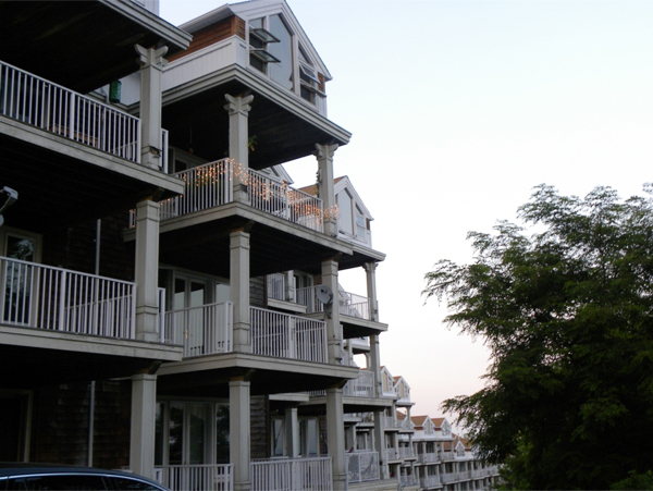Wonderful Apartment Kutirs At Boone Ashram. It Seems, The Art Of Living Foundation  Initially ...